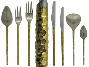 12 Place Cutlery Service STUART DEVLIN London 1969